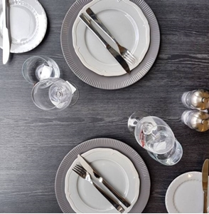How To Create The Perfect Table Setting