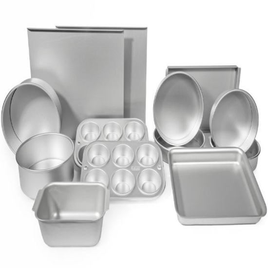 Delia's Boxed Full Set Of All Pans & Liners